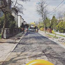 układanie nawierzchni asfaltowej