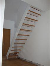 nowoczesne schody ze stali