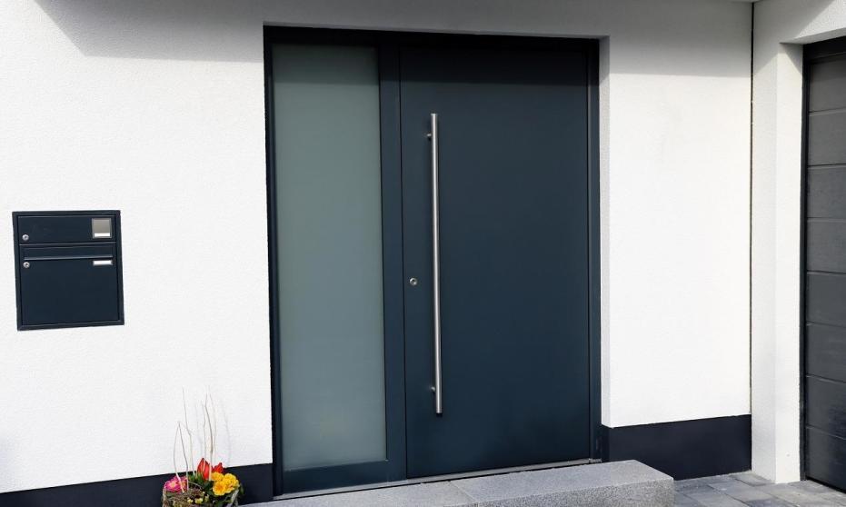Drzwi panelowe jako alternatywa dla tradycyjnych