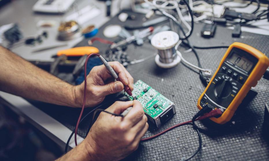 Jakie wyróżnia się usługi elektroniczne?