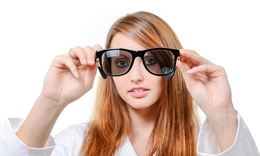 Czy okulary przeciwsłoneczne mogą mieć funkcje korekcyjne?