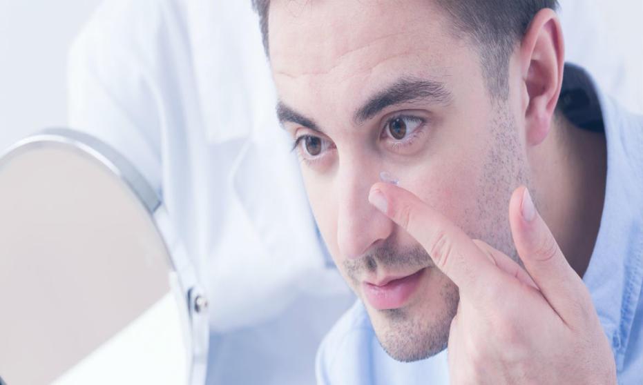 Jak dbać o higienę soczewek?