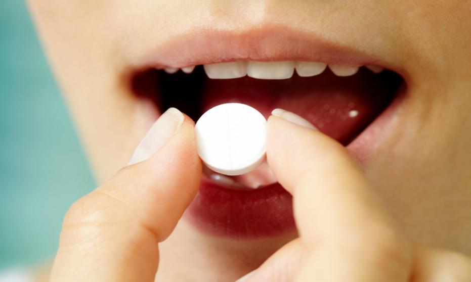 Nie tylko tabletki - przegląd różnych form terapii bólu gardła