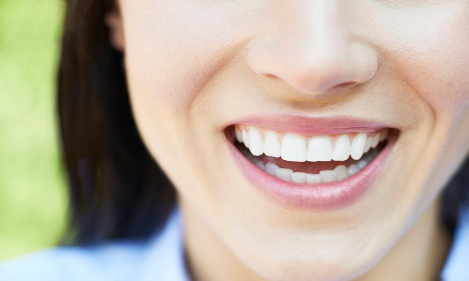 W jaki sposób dbać o zdrowie swoich zębów