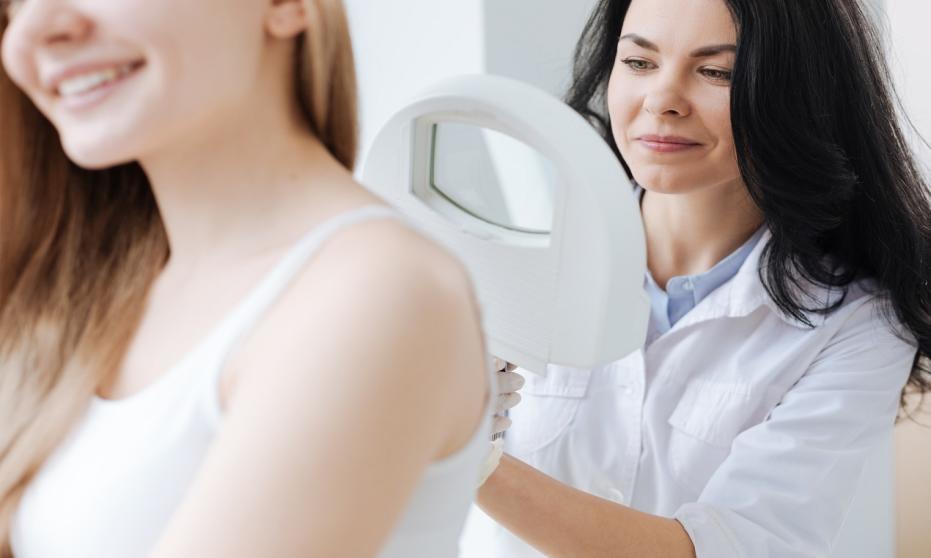 Kiedy warto się wybrać na wizytę do dermatologa?