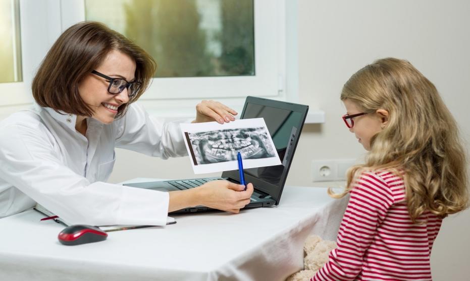 Jaki jest właściwy wiek do leczenia ortodontycznego?