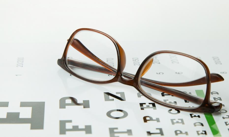 Cenne pomoce dla optyków, okulistów i optometrystów