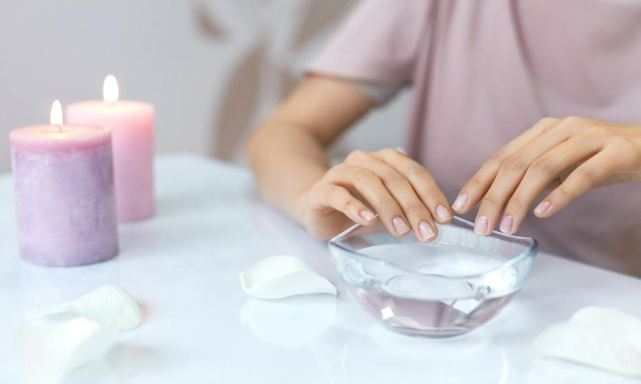 Jak przygotować paznokcie do malowania?