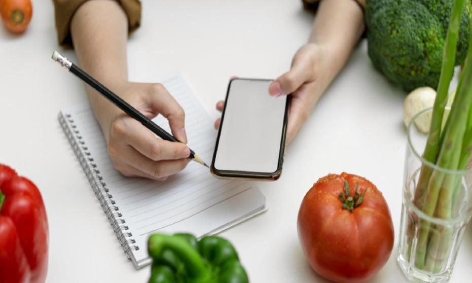 Kursy żywieniowe online. Czym kierować się przy wyborze rzetelnego mentora?