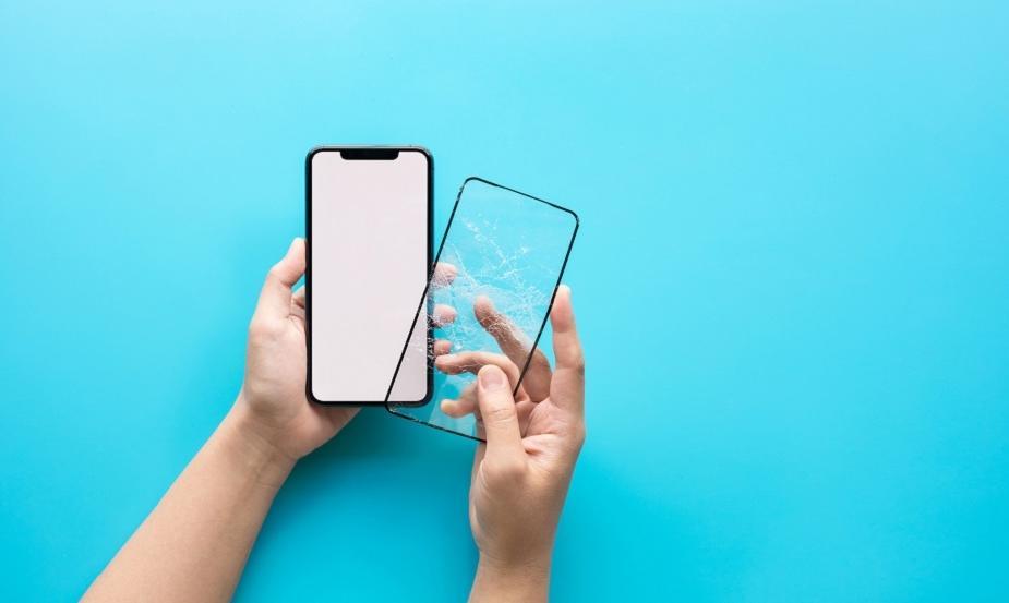 Dlaczego warto stosować folię ochronną na ekranie telefonu?