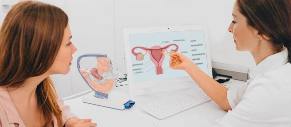 Pierwsza wizyta u ginekologa. Jak się do niej przygotować?