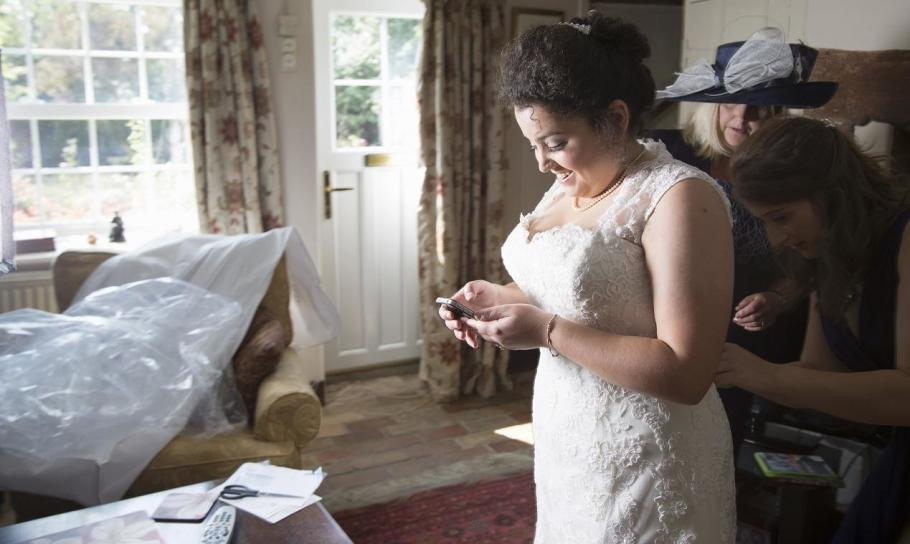 Suknie ślubne dla puszystych. Jak wybrać kreację w rozmiarze plus size?