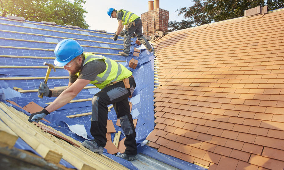 Jakie są rodzaje pokryć dachowych i jak je wybrać?