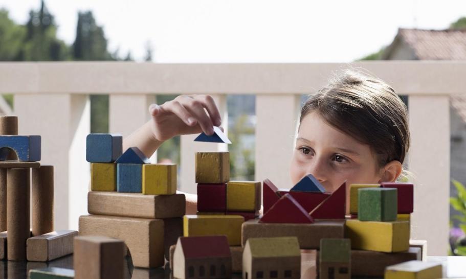 Zabawki drewniane jako przykład wyrobów ekologicznych
