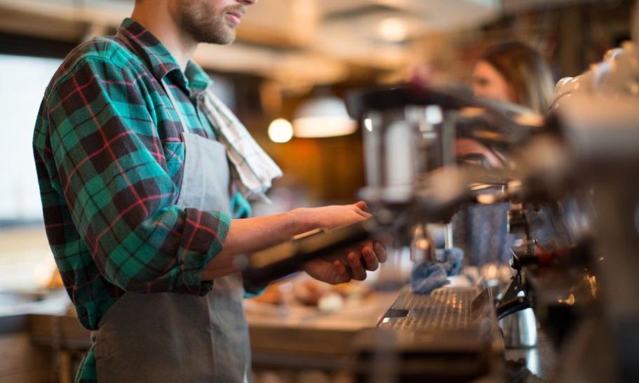 Kawiarnia jako punkt obowiązkowy pobytu nad morzem. Gdzie wybrać się na dobrą kawę w Świnoujściu?