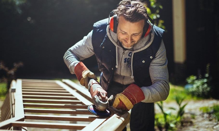 Bezrękawnik roboczy - świetna alternatywa dla kurtki