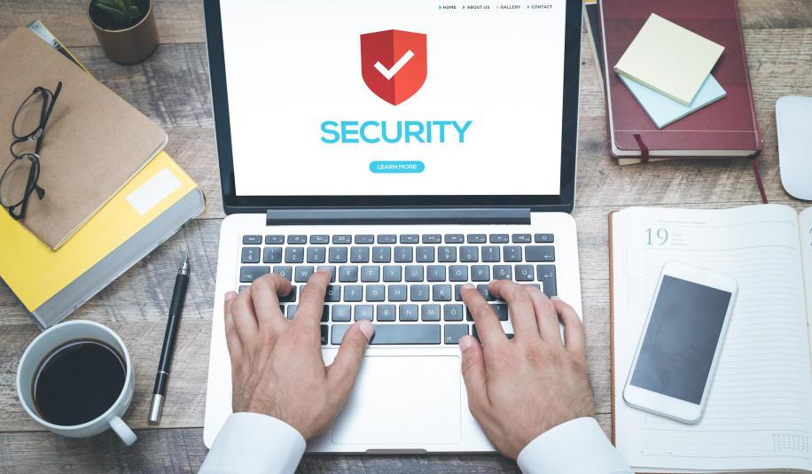 Jak dbać o bezpieczeństwo danych na PC i laptopie?