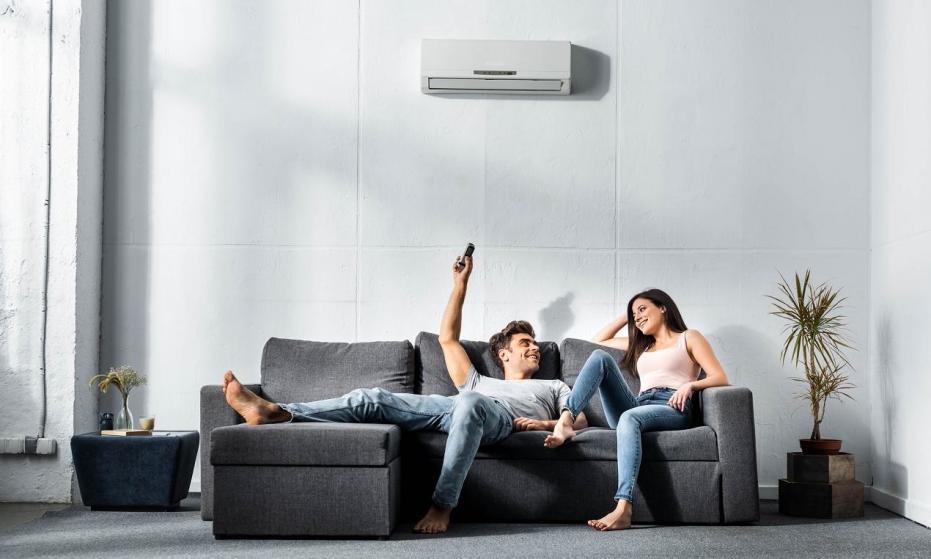 Klimatyzatory w wersji chłodzącej lub chłodząco-grzejącej