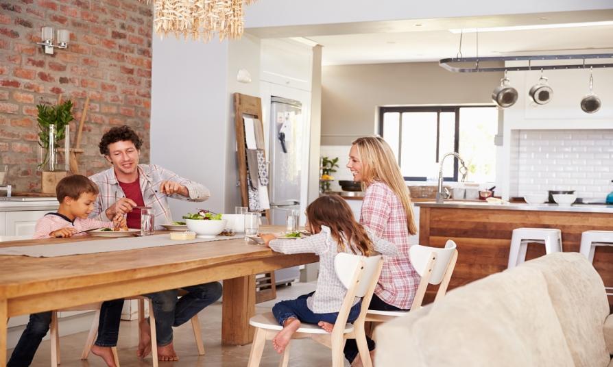 Stół dla domu. Przegląd dostępnych modeli
