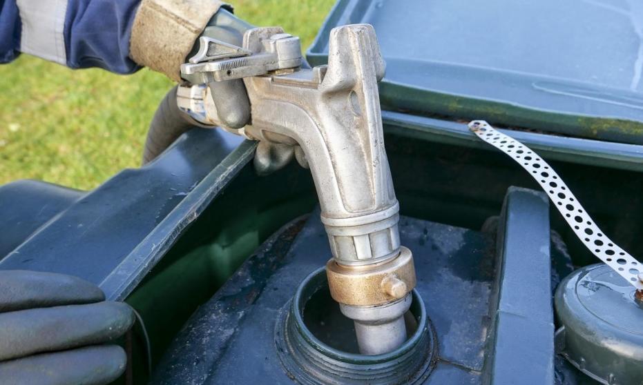 Jak składować olej przepracowany?