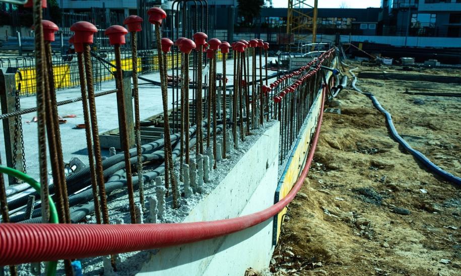 Deskowanie samoprzestawne, czyli systemy przestawiane hydraulicznie