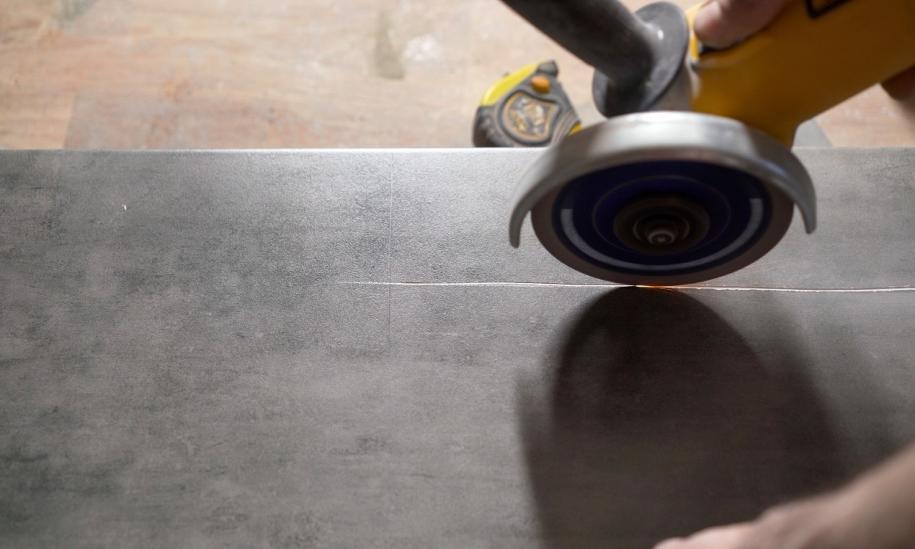 Na czym polega metoda cięcia liną diamentową?