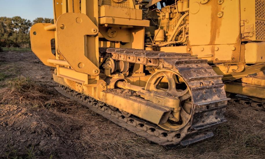 Jakich maszyn używa się do budowy dróg gruntowych?