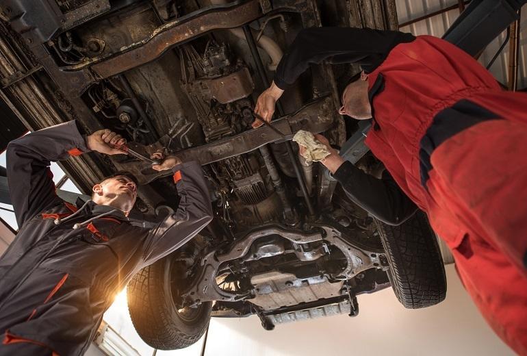 W jaki sposób chronić podwozie auta?