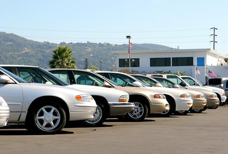 Dlaczego warto zdecydować się na używany samochód?