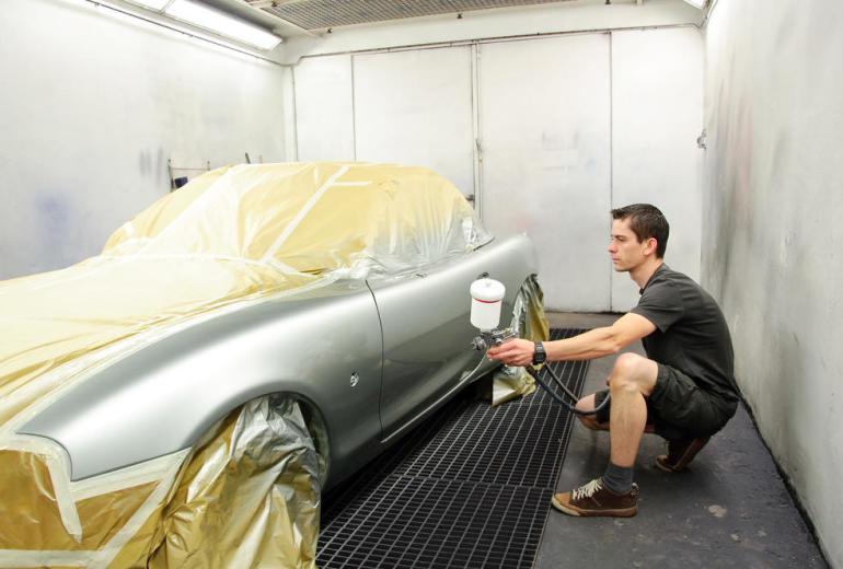 Jak lakierować samochód?