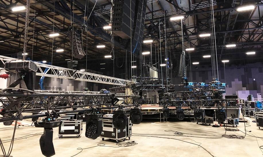 Ruchome platformy jako element konstrukcji sceny