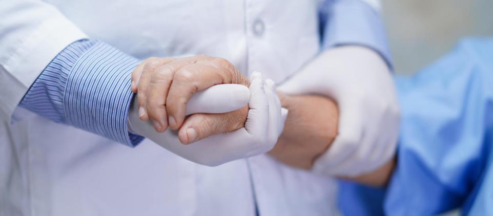 Jak pomóc lekarzom w walce z wirusem COVID-19?