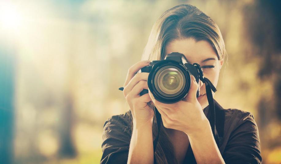 Praktyczny podręcznik fotografii - odkryj nową pasję, rozwiń skrzydła