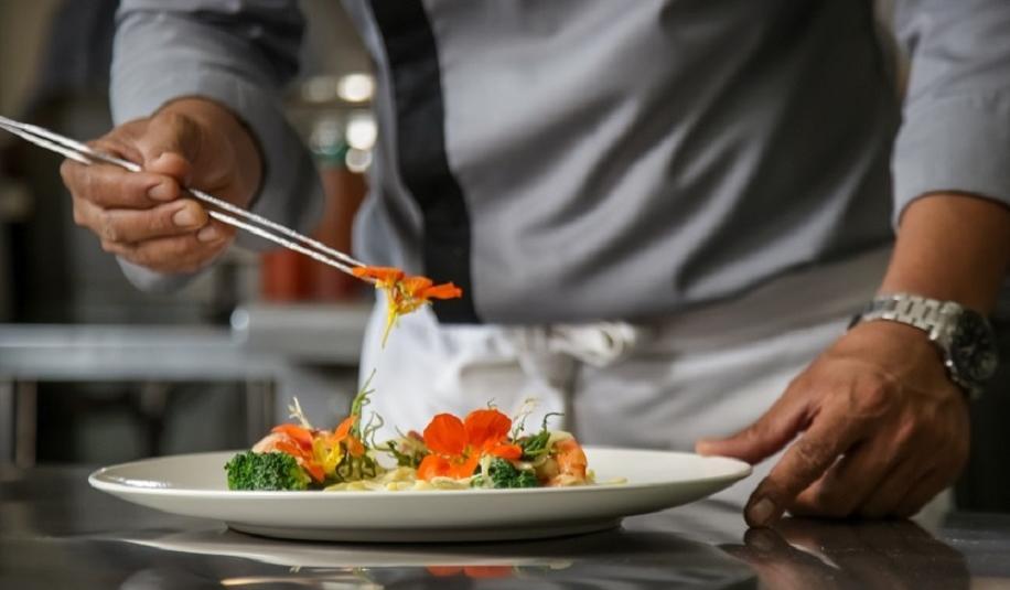 Kwiaty jadalne wykorzystywane w branży gastronomicznej