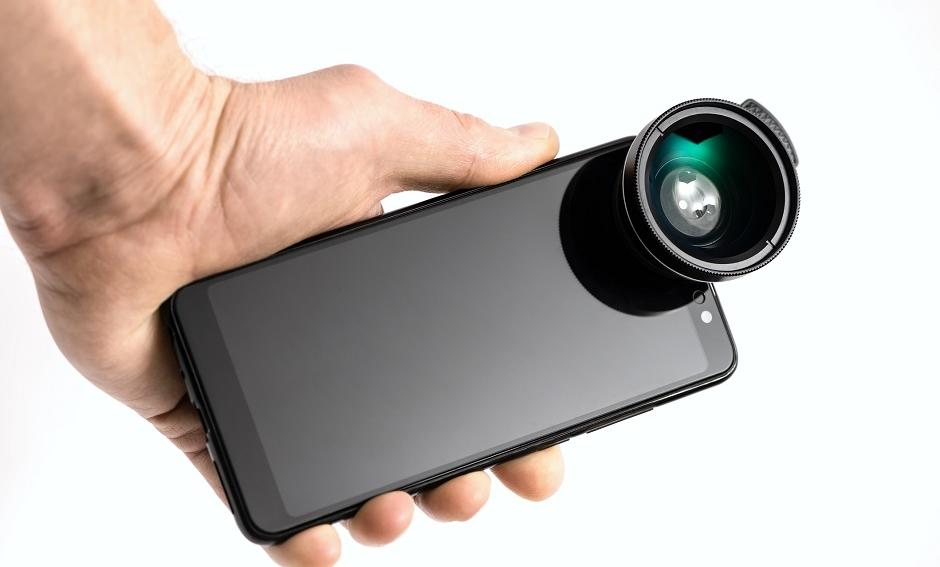 Czy warto zainwestować w obiektywy do smartfonu?
