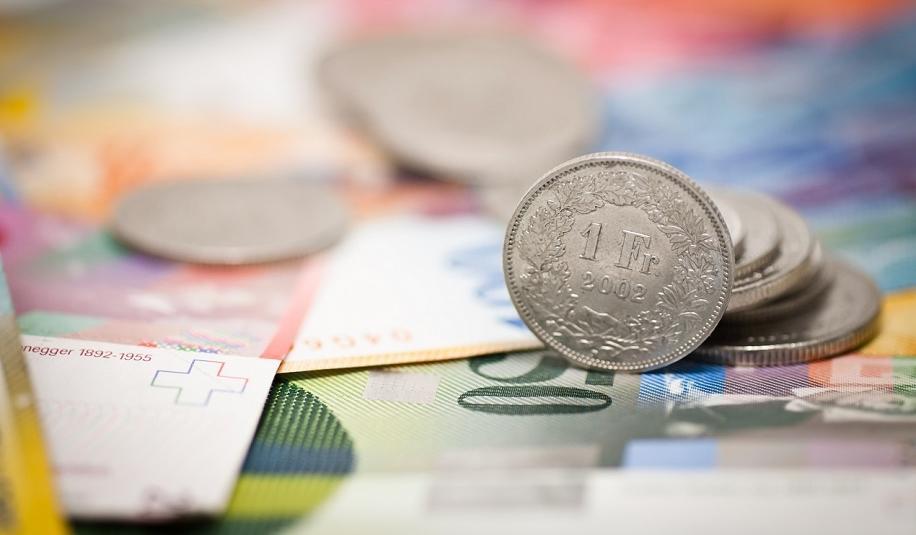 Frank szwajcarski - na czym polega zamieszanie wokół tej waluty?
