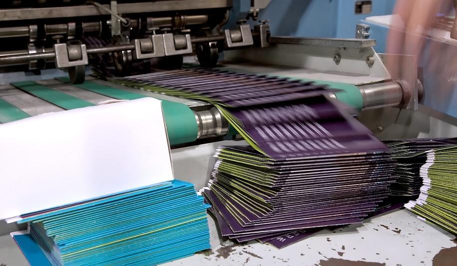 Jak ekonomicznie drukować ulotki w dużym nakładzie?