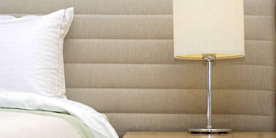Lampy stołowe idealne do sypialni
