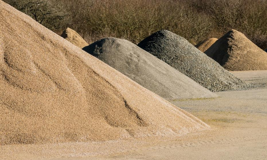 Charakterystyka naturalnego piasku kwarcowego