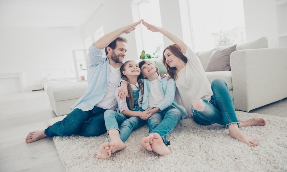Czym powinni kierować się rodzice z dziećmi przy zakupie nowego mieszkania?