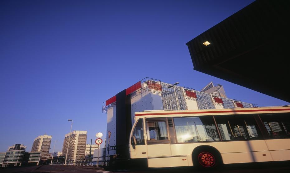 Busem do krajów Beneluksu. Oferta dla turystów