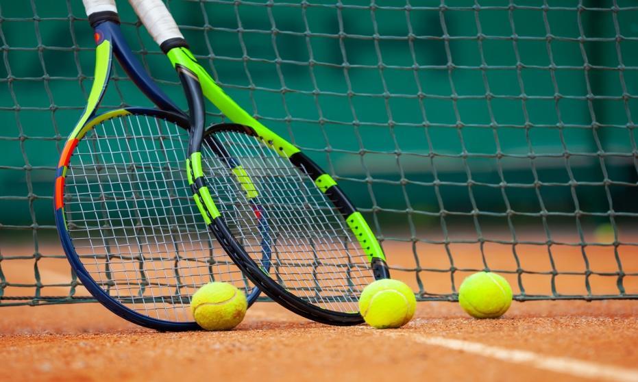 Jak wygląda trening tenisowy?