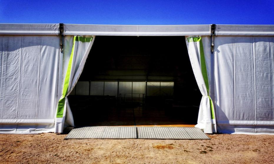 Konstrukcje namiotowe lekkie - funkcjonalność, sposoby zastosowania