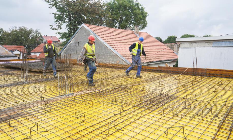 Żelbet – jakie ma zastosowanie w budownictwie?