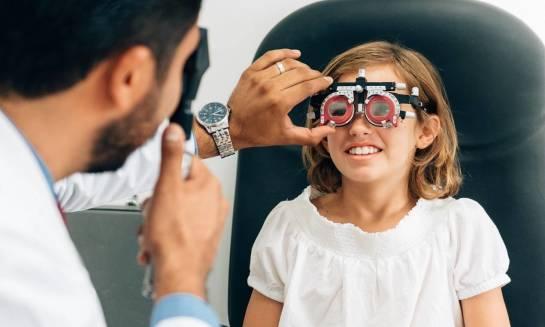 Jak wygląda badanie wzroku u dzieci?