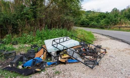 Co grozi za nielegalny wywóz odpadów?