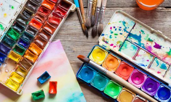 Materiały plastyczne i ich wpływ na rozwój dziecka