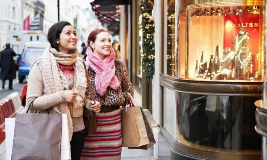 Oświetlenie jako ważny element sklepowej ekspozycji