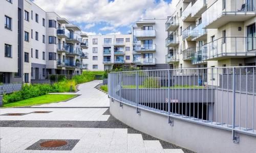 Dlaczego warto kupować domy na rynku pierwotnym?