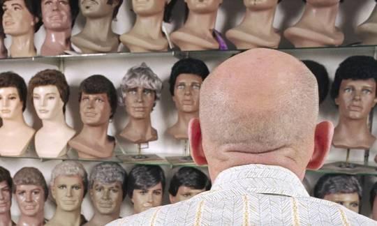Tupety męskie – uzupełnienie włosów dla mężczyzn